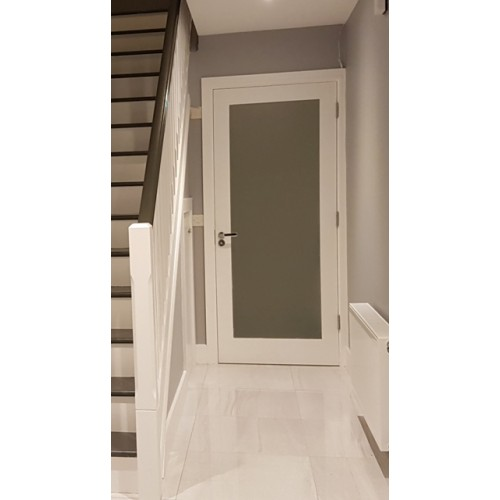 Seadec Cheshire Primed Shaker Door Frosted Glass
