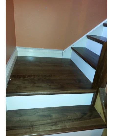 Walnut Stair Step (Thread)