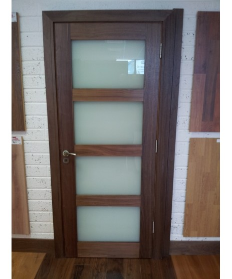 Deanta Walnut Shaker Architrave