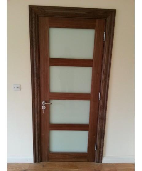Deanta HP1 Walnut Door