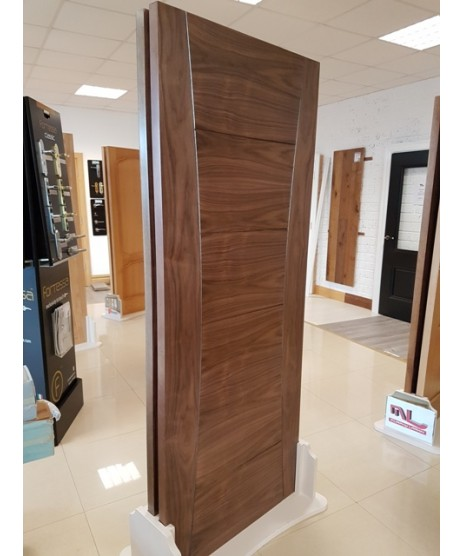 Deanta HP18 Walnut Door