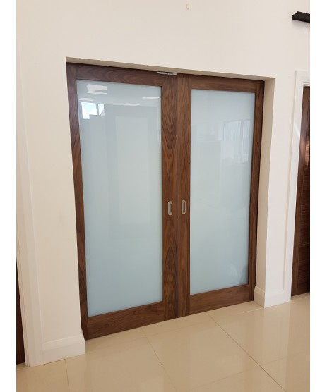 Deanta NM6G Shaker Walnut Frosted Glass
