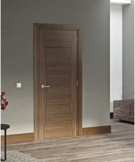 Deanta HP18 CT Walnut Door